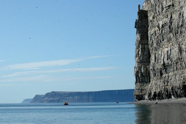 カナダ北極圏のプリンスレオポルド島