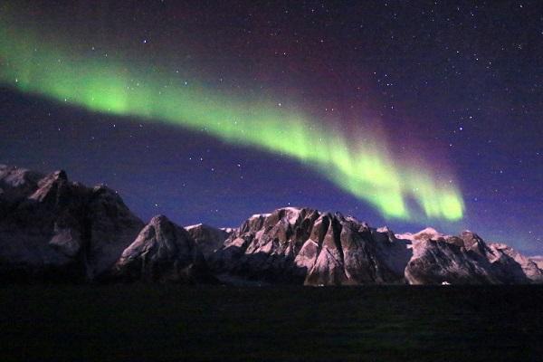 東グリーンランドクルーズのオーロラ