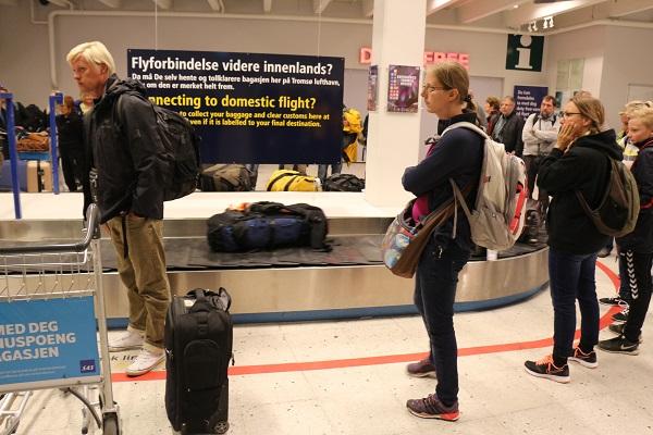 スピッツベルゲン旅行トロムソ空港