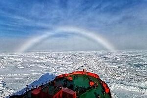 【スタッフレポート】2019年6月 北緯90度 北極点到達の船旅